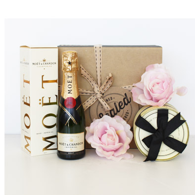 Moet & Bathbombs